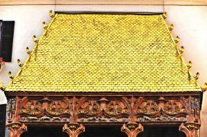 beruehmtes-goldenes-dachl-innsbruck